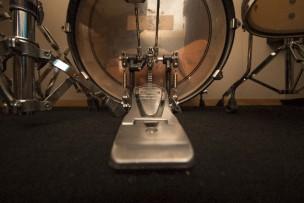 バスドラム フットワーク いい音